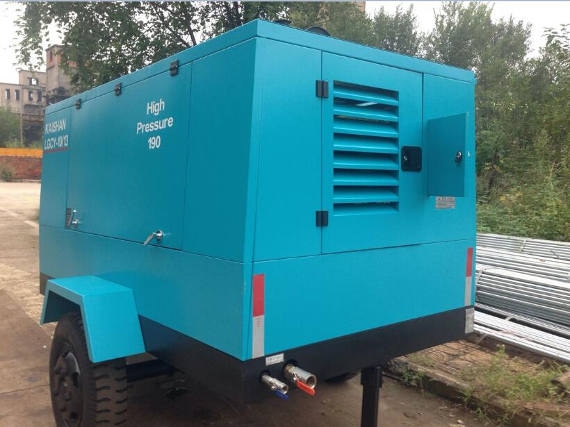 开山柴油移动式空压机LGCY-10/13应用于上海某专业燃气管道公司